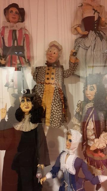 La Compagnie Blin, Théâtre de Marionnettes présente sa nouvelle création: Le Centaure Bleu