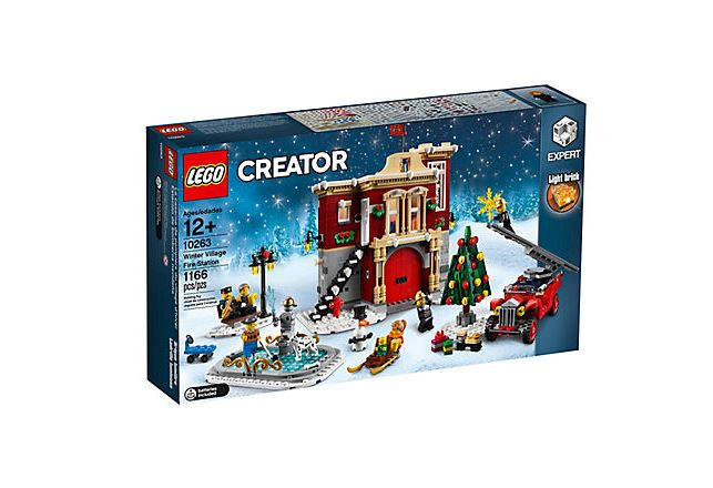 legowintervillagefirestation-02